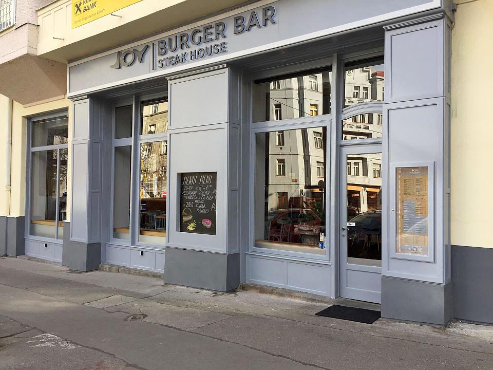 burger-bar-dejvice-12